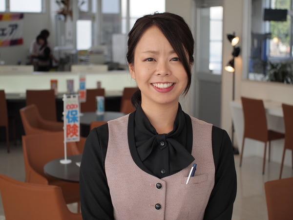 稲田江美 (フロントチーフ)