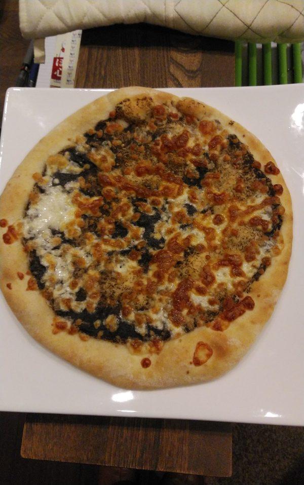 新顔のピザ