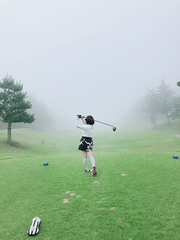 ゴルフの時だけ晴天😄帰り道は雷と大雨‼️